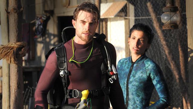 Deep Blue Sea 3 Film (〖2020〗) Uppkopplad Original